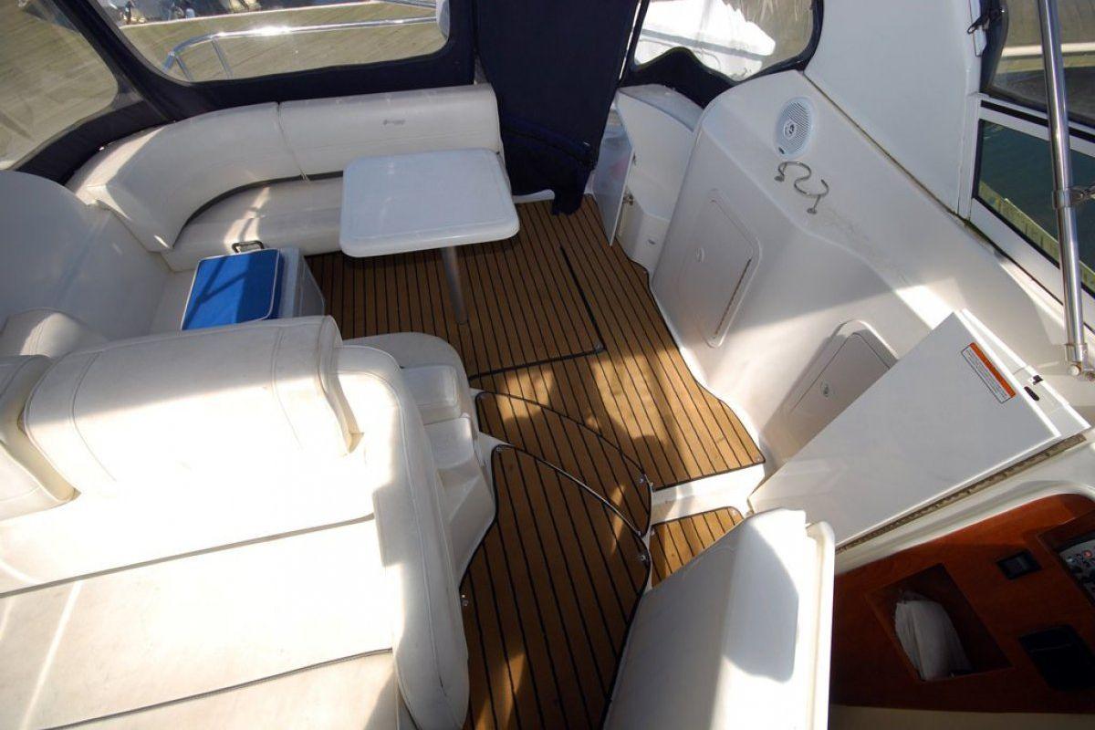 Cruisers Yachts 280cxi 2006 12
