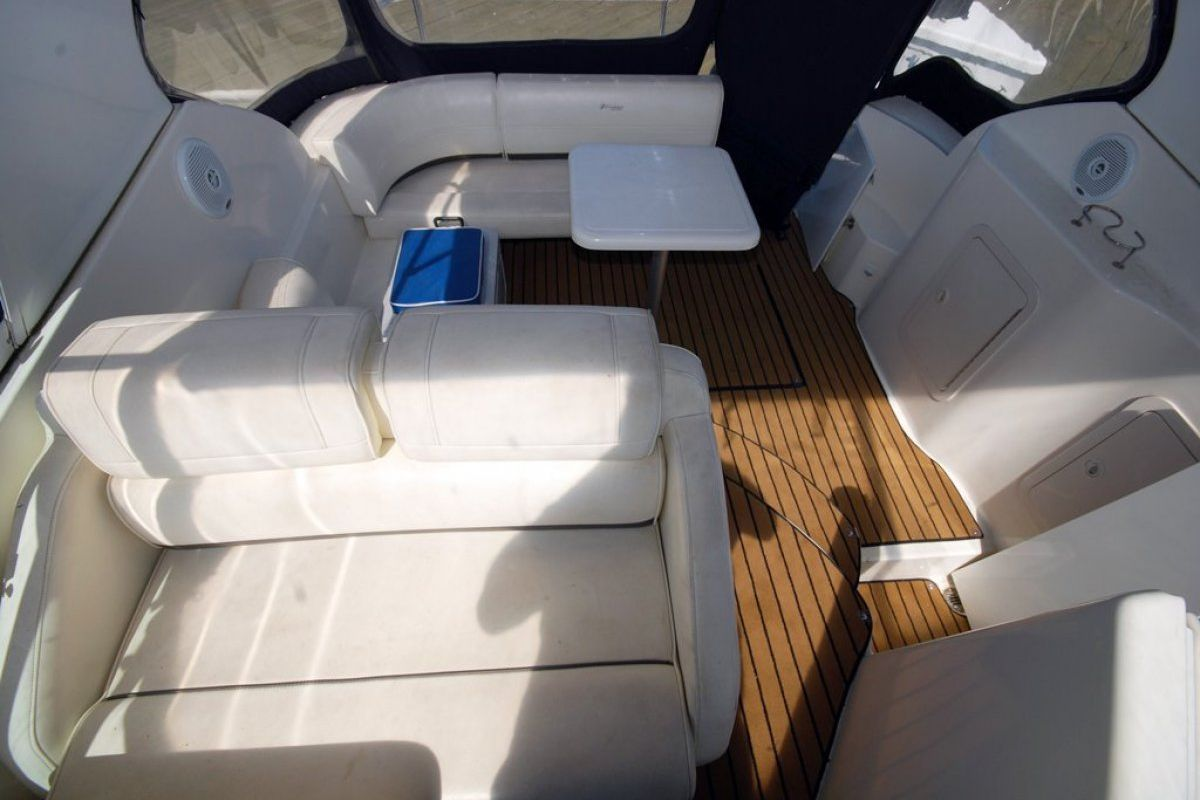 Cruisers Yachts 280cxi 2006 14