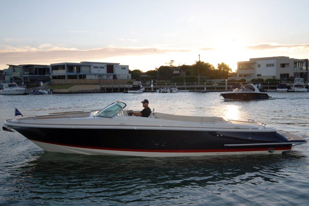 Chris Craft Corsair 30 2018 03
