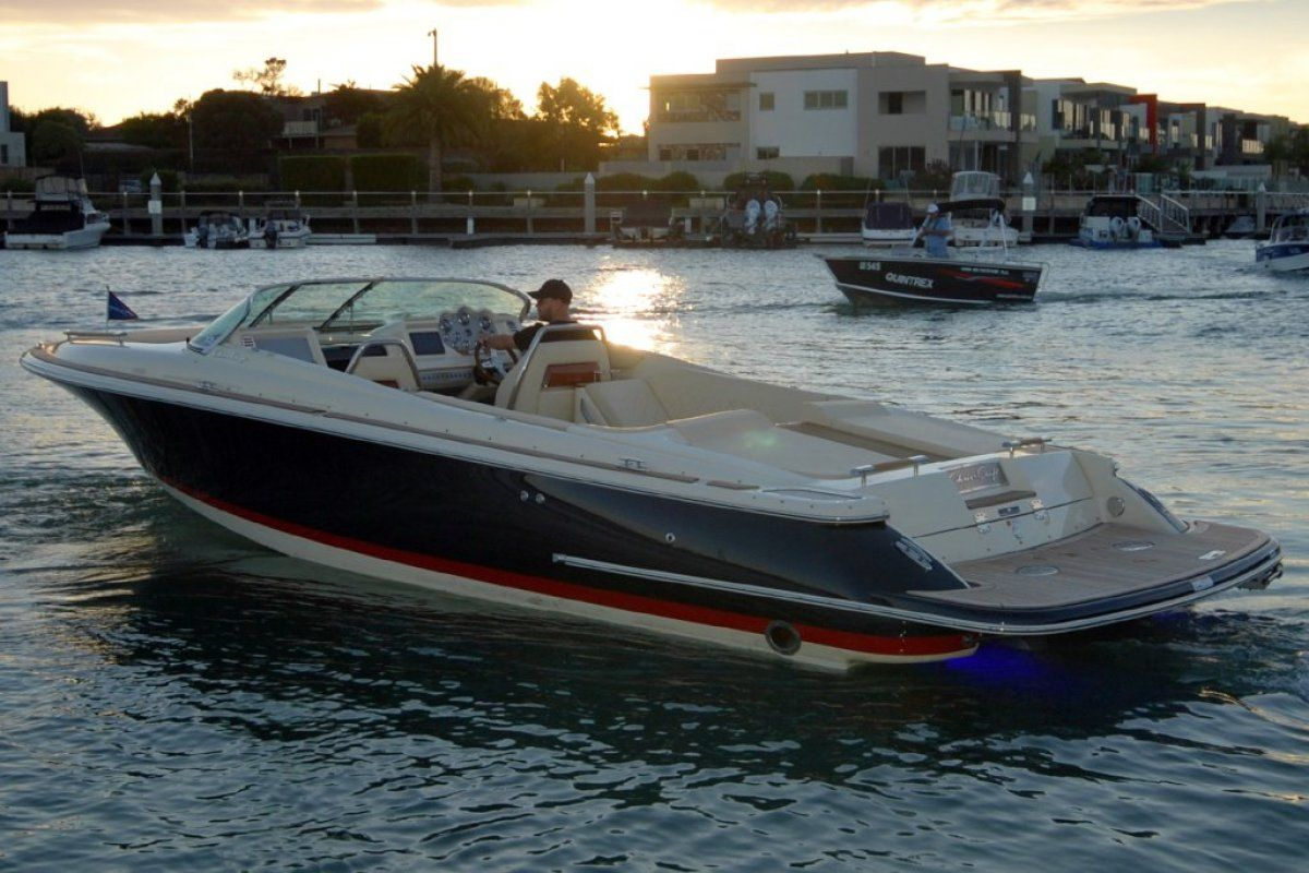 Chris Craft Corsair 30 2018 17