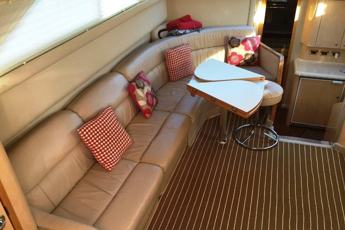 Sea Ray 420 Aft Cabin 2001 04