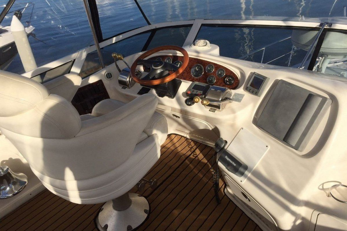 Sea Ray 420 Aft Cabin 2001 10
