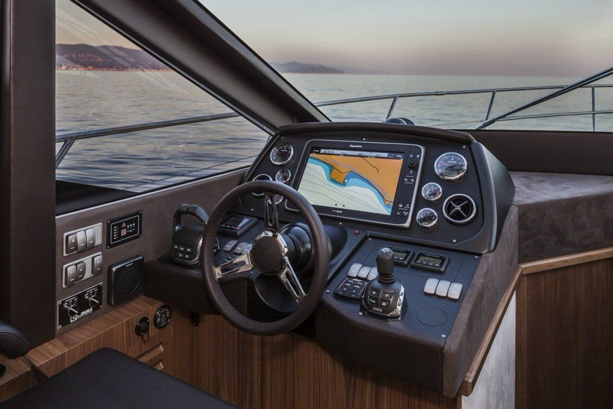 Absolute 45 Sports Yacht 2019 10