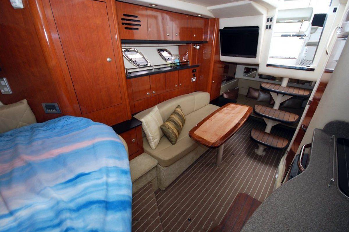 Sea Ray 310 Sundancer 2007 03